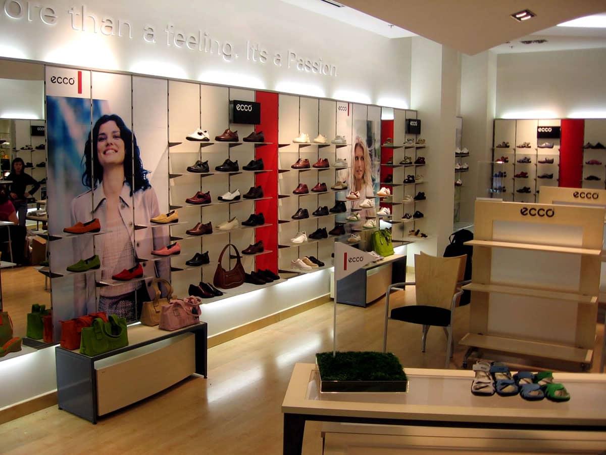 retail display design retail store design service canada pointism. Black Bedroom Furniture Sets. Home Design Ideas