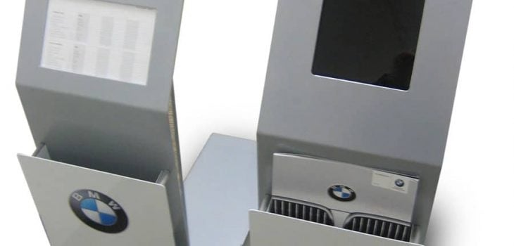 PointISM BMW-Stands 001 retail display